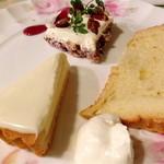 ルイジアナママ - デザート(パルミジャーノのチーズケーキ、シフォン)