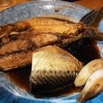 宵 - 煮魚(カワハギ、サバ)