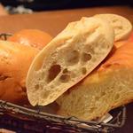 びすとろ UOKIN - お通し 自家製パン