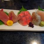 魚ごころ 季魚喜人 - 地魚5点盛り