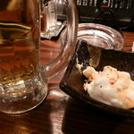 ミツボシ - ビールと付き出しのポテトサラダ