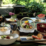 日本料理「雲海」 - 庭園を眺めながら愉しむ会席