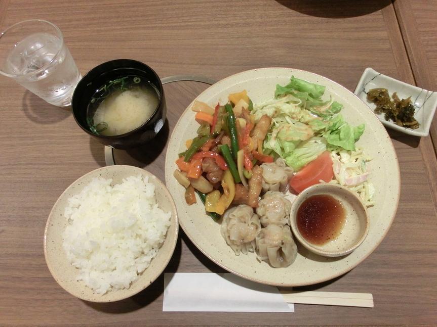 LUNCH&しゃぶしゃぶ SUMIKA 新大阪本店