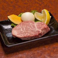 「肉質等級5」限定の銘柄牛肉【仙台牛】を厳選