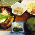 レストランオーカメ - 料理写真:ハンバーグ定食