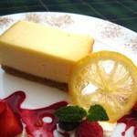 クラゲストア - ベイクドチーズケーキ 750円(税抜)
