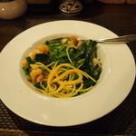 カノーヴァ - 小エビと青菜のパスタ