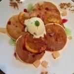 ディーラウンジ - オレンジポピーのパンケーキ