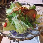 18898984 - 金目鯛燻製のサラダ