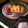 湖月 - 料理写真:前菜 季節により器や盛り付けを変えております