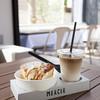 マーサーカフェ - 料理写真:テイクアウトが大人気!街歩き用のシフォンケーキとドリンクのセット