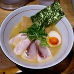 Mentokokorosebun - W白湯セブン