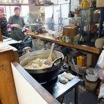 桜井旬鮮市場四季百膳ほもり   - 【2012,12月】こんな大鍋できんぴらごぼうを作っていました!