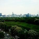 18980041 - ライブラリーラウンジからの眺め。右にスカイツリー、左に日本武道館。大手町や市ヶ谷方面が望める