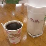 食の駅ぐんま - 炭火焙煎ホットコーヒー100円