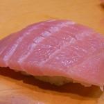 裕寿司 - 追加のカマトロ¥350 あまり脂を感じない▲