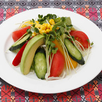 マザーインディア - サラダが新鮮なのが、当店のウリです。野菜も国産で新鮮なものを使用