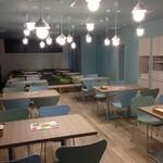 ザファームカフェ - 広ーい店内。小上がりテーブルも子連れには嬉しい!