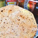 タージ ベンガル - パパド  チャナ豆粉のおせんべい ビールによくます