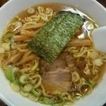 麺道楽紋次郎 - 料理写真:匠しょうゆ780円
