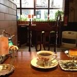 モトマチ喫茶 - ホットコーヒーと自家製プリン