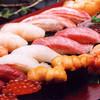築地玉寿司 - 料理写真:築地市場直送の新鮮ネタを一貫づつ丁寧に握ります。
