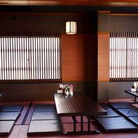 ごゆっくりおくつろぎいただけるお座敷で、本格中華料理をお楽しみください。
