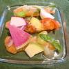 灰屋 - 料理写真:アトランティックサーモンのマリネと八街産無農薬野菜のマリアージュ