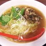 支那そば屋 - 炭鶏麺・醤油(700円)
