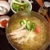 シジャン - 料理写真:蒸し鶏とトマトのおろし冷麺