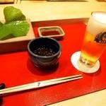 雪家 - 料理写真:スタートは生ビール