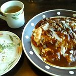 キッチン・カフェ けやき - けやき特製オムライス