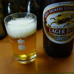 三國酒店 - 先ずはビール、キリンを一本