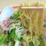 長崎ちゃんめん - ちゃんぽん(麺持ち上げ)_2013年5月