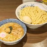 六厘舎 TOKYO - 料理写真:2013.5 得製つけ麺(1,050円)+大盛券(100円)麺量430g