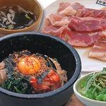 かるび家 - 料理写真:石焼きビビンバ&焼肉セット