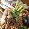 串揚げ文 - 料理写真:季節の食材を提供。