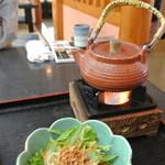 和食処 まさご - ひつまぶし用の出汁も熱々を用意してくれます
