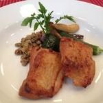 ブラッスリー エディブル - 鶏肉のコンフィ ローズマリーの香り