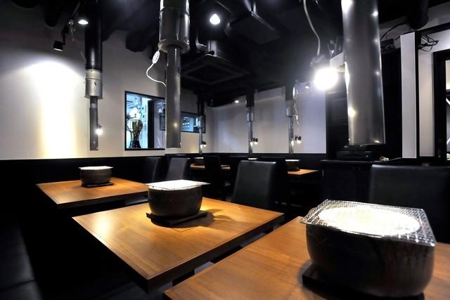 https://tabelog.ssl.k-img.com/restaurant/images/Rvw/19272/640x640_rect_19272671.jpg