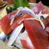 加賀本店 - 料理写真:{ここからが・・2013年5月}海鮮丼(並)