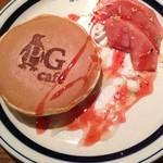 ピージーカフェ - PGパンケーキ 林檎のコンポート