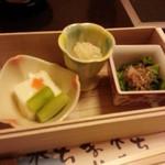 梅の花 - 料理写真:小鉢三種