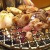 炭焼地鶏 やんべ - 料理写真:七輪で鶏肉を焼くスタイル
