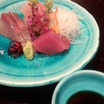 雲海 - 【初夏の会席】刺身 その日の盛り合わせ 梅肉醤油