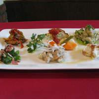 ウロンヤ - 前菜の盛り合わせ6種    ¥1360