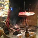 ラ・コシーナ・ガブリエラ・メヒカーナ - 店内中央に配置された炉