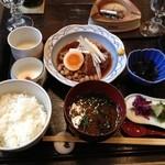 金魚坂 - ランチ豚の角煮セット