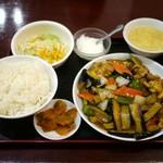 19400430 - 豚唐揚げ茄子炒め定食 (800円)