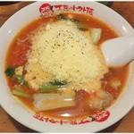 太陽のトマト麺 - 太陽のチーズラーメン \830 トマトを味の中心に置いたこのラーメン、未だに新鮮♪